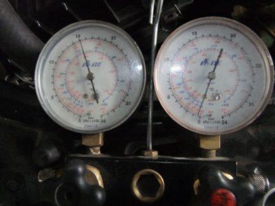 Как проверить давление фреона в кондиционере?